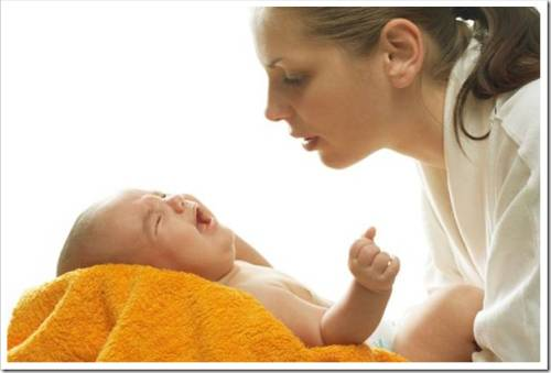 Как лечить насморк у ребенка до года
