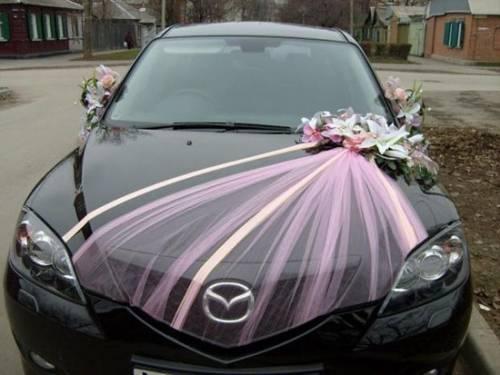 Как украсить машину на свадьбу?