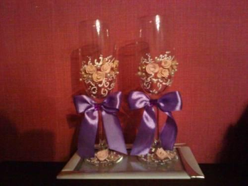 Как украсить бокалы на свадьбу своими руками?