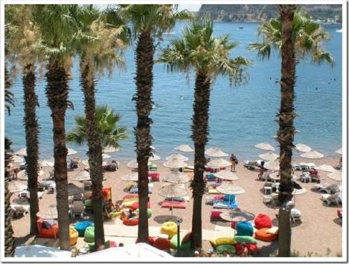 Где лучше отдыхать в Турции с детьми в июле?