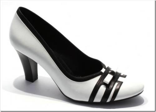 женскую обувь больших размеров