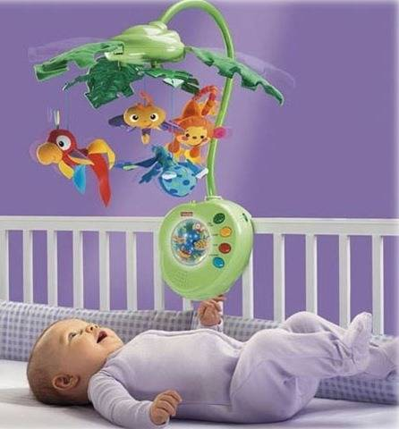 Какие игрушки нужны новорожденным?