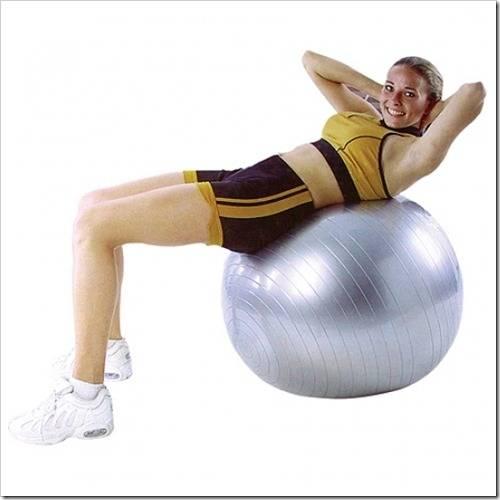 Какие делать упражнения с массажным мячом?