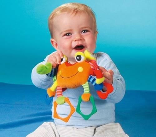 Какие игрушки нужны ребенку в год?