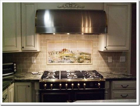 В чём заключается назначение кухонной вытяжки?