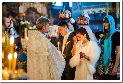Как определить дату венчания?