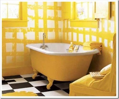 Ванная с наличием большого окна