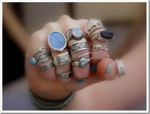 Как следует носить кольца с жемчугом
