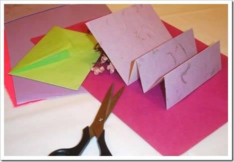 Как сделать красивую открытку своими руками?