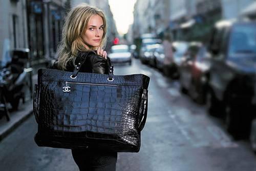 Как выбрать женскую сумку по фи