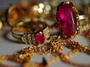 Как почистить серьги из золота