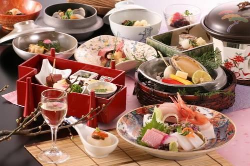 Что можно заказать на дом из еды