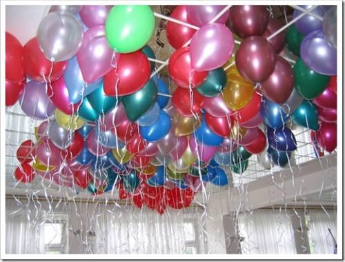 Оформление входа при помощи шаров