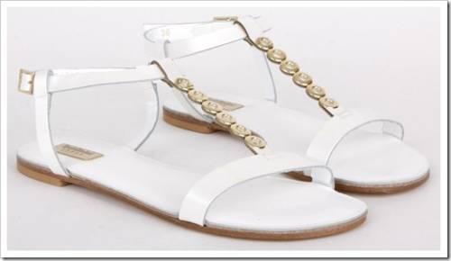 Образы, которые лучше всего выглядят с сандалиями