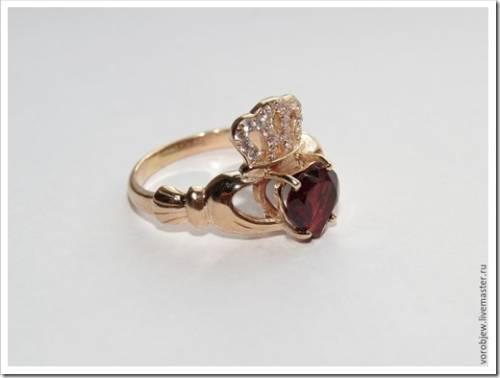 Модные кольца-короны