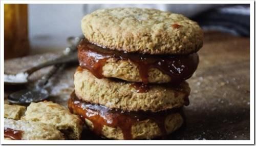 Хрутящее овсяное печенье с карамелью
