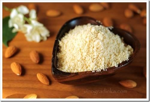 Кофемолка или блендер для измельчения орехов