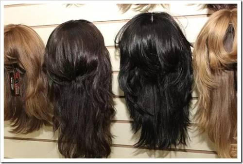 Натуральные волосы или синтетика