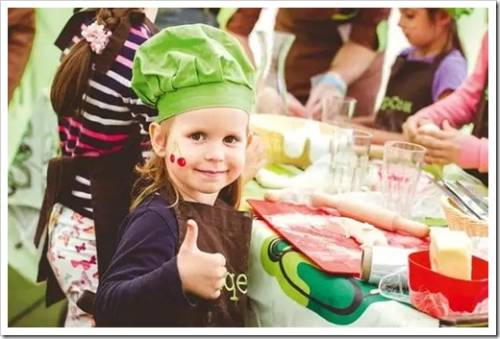 Как провести детский праздник дома?