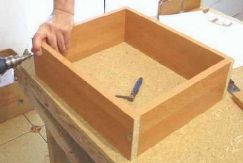 как собрать ящик комода
