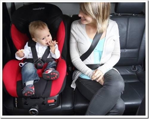 Установка детского автокресла в салоне авто