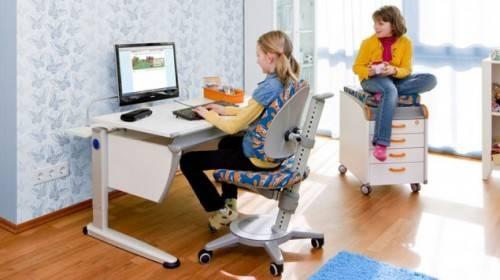 Как выбрать компьютерный стол для ребенка