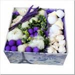 Как организовывается коробка с цветами?