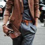 Как носить мужской клатч