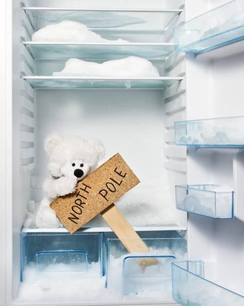 Сильно морозит холодильник: что делать