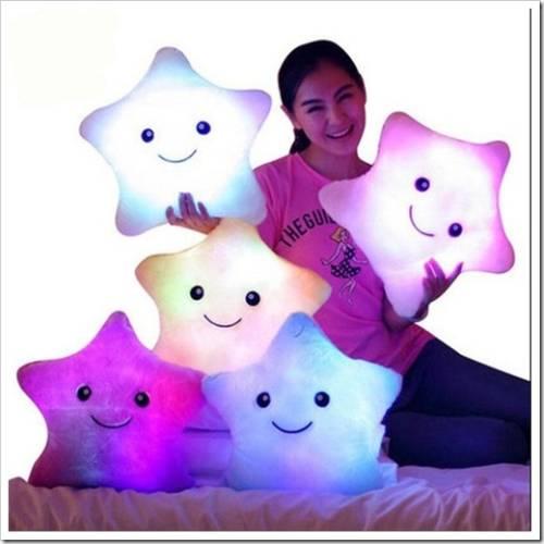 Как используют светящуюся подушку?